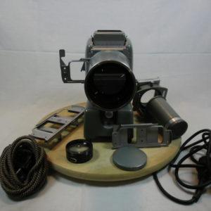 Leitz Prado 66 toverlantaren / projector