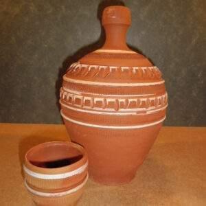 Turks aardewerk - Waterkan met beker