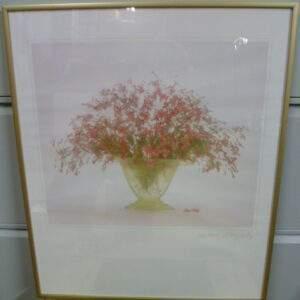 Poster, rose boeket in schaal, goudkleurige lijst