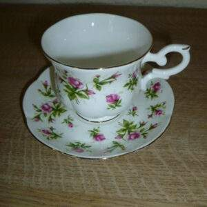 Kop en schotel, roze roosje, St. James, Bone China