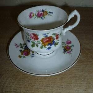 Kop en schotel, bloemetjes, Rose of England