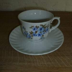 Kop en schotel, blauw bloemetje, Wunsiedel, Bavaria Porcelaine