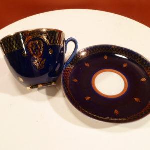 Kop en schotel, blauw/ goudkleur, made in USSR
