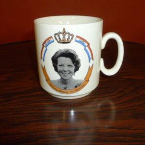 Beker, kroning Beatrix